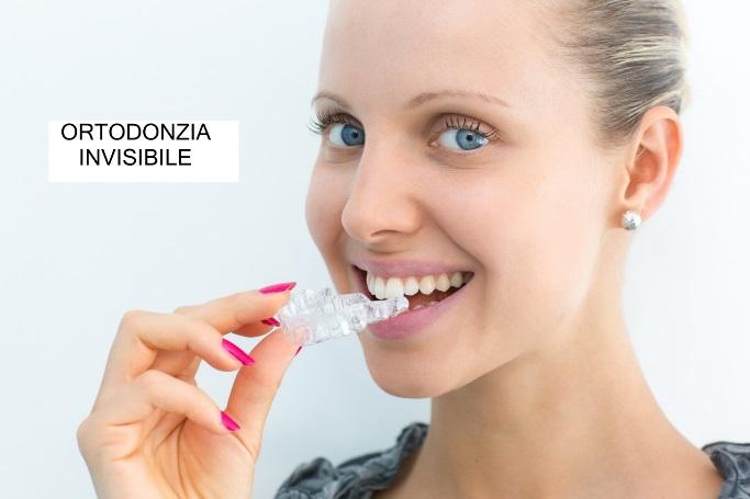 Apparecchi invisibili, allineatore per i denti invisibile per adulti e bambini